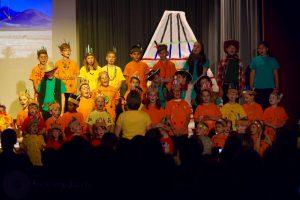 Alle machten mit – die Kinder singen im Chor